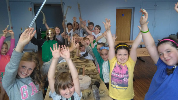 children learning archaeology